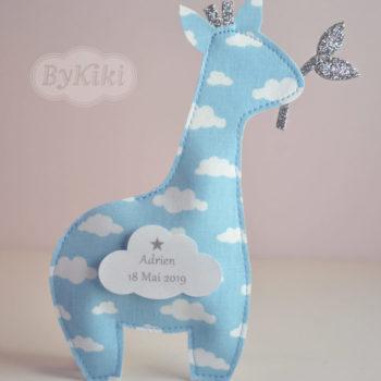 ballotin à dragées en forme de girafe pour baptême ou naissance